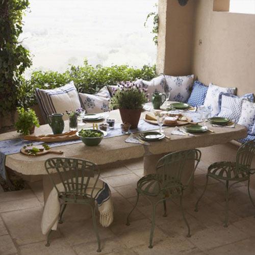 aiakujundus-vanaaegne-mööbel-haljastus